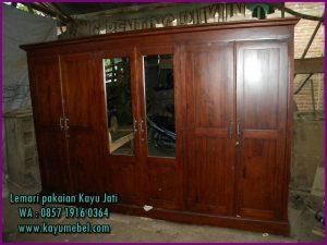 harga lemari pakaian kayu biasa