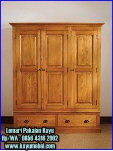 lemari pakaian 3 pintu kayu
