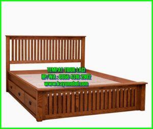 Tempat tidur laci bawah