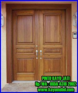 Pintu kayu jati minimalis