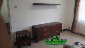 rak tv minimalis dari kayu