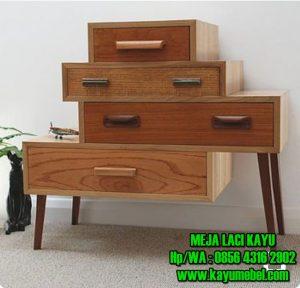 Meja laci kayu