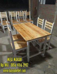 4 desain meja makan kayu minimalis