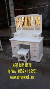 meja rias minimalis kayu